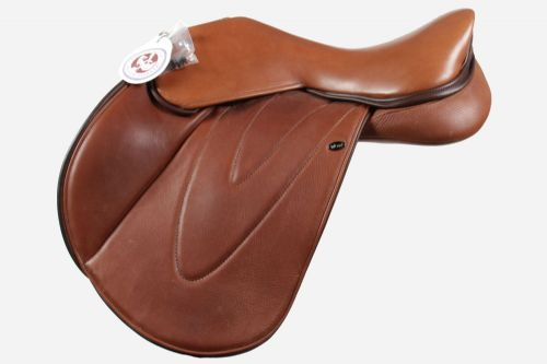 17 Inch Jumping Saddle With Jumping Flap with Moveable Blocks
